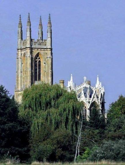 hampton-lucy-church-2012
