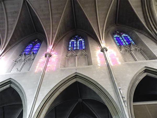 stp-clerestory-windows-and-projected-colours